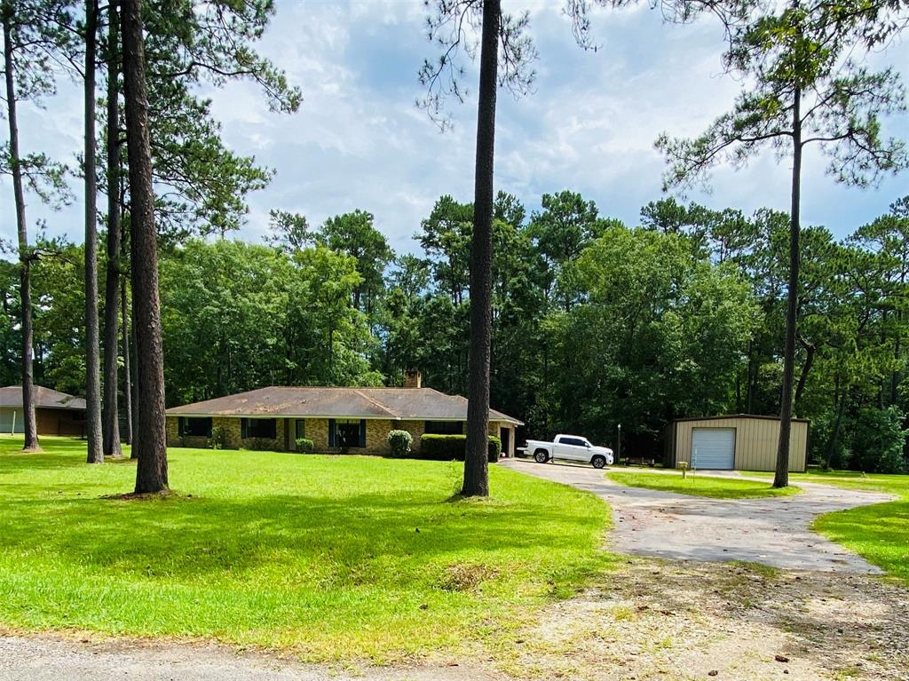 155 Plantation Drive Property Photo - Silsbee, TX real estate listing