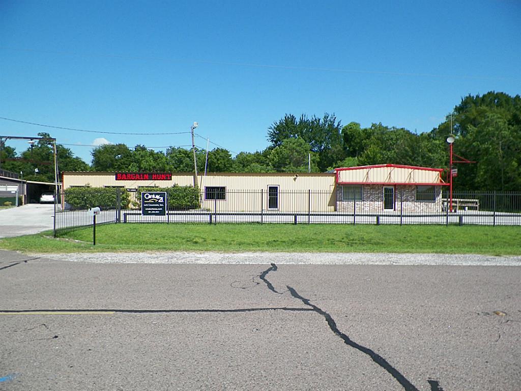 2804 Highway 90 Highway, Crosby, TX 77532 - Crosby, TX real estate listing