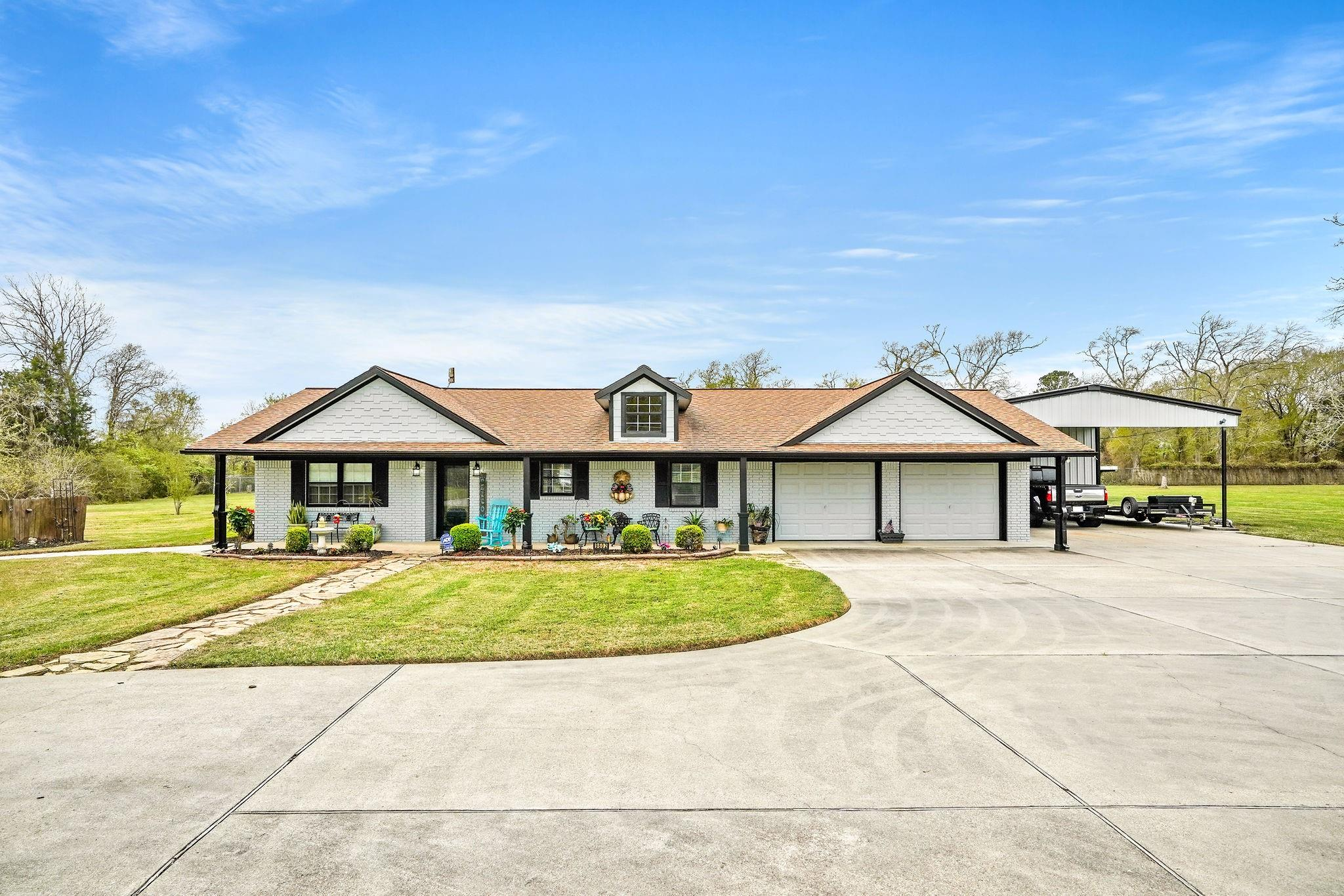 9602 Point Barrow Road Property Photo - Beach City, TX real estate listing