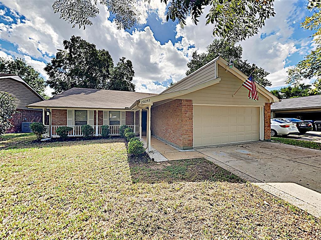 20243 Smithfield Crossing Lane, Katy, TX 77449 - Katy, TX real estate listing