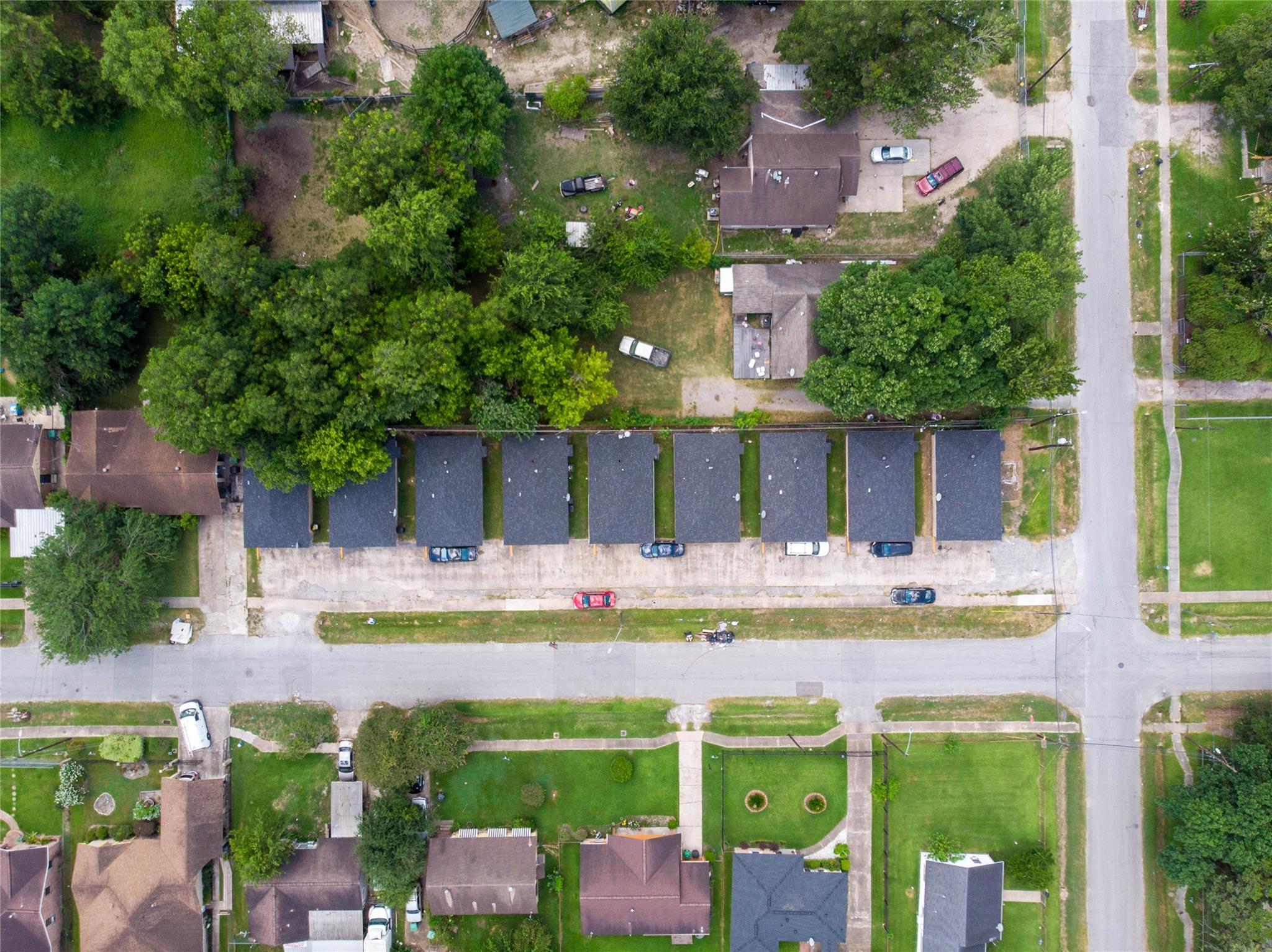 4701 Hoffman Street Property Photo