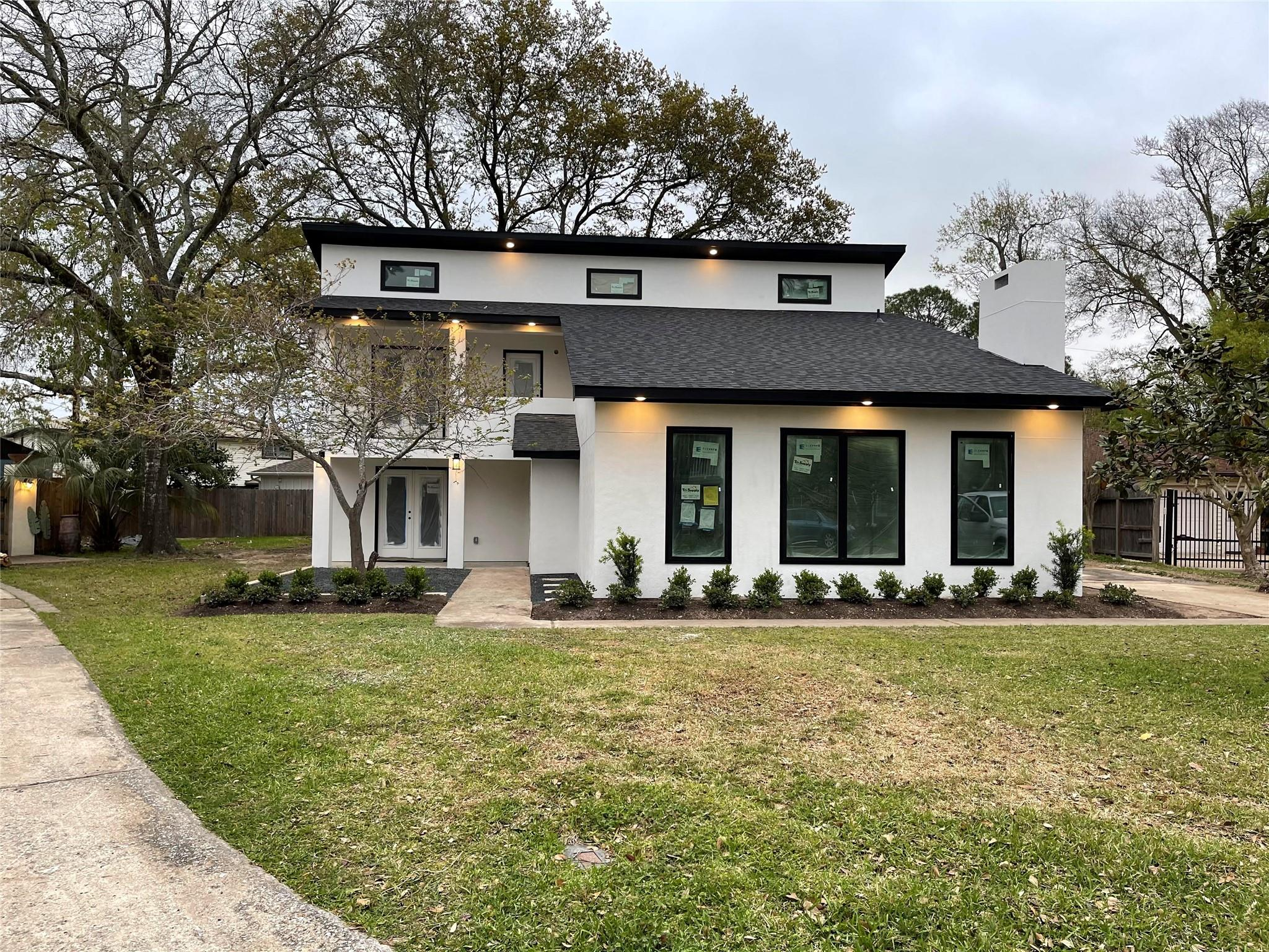 11430 Valley Spring Drive Property Photo - Houston, TX real estate listing