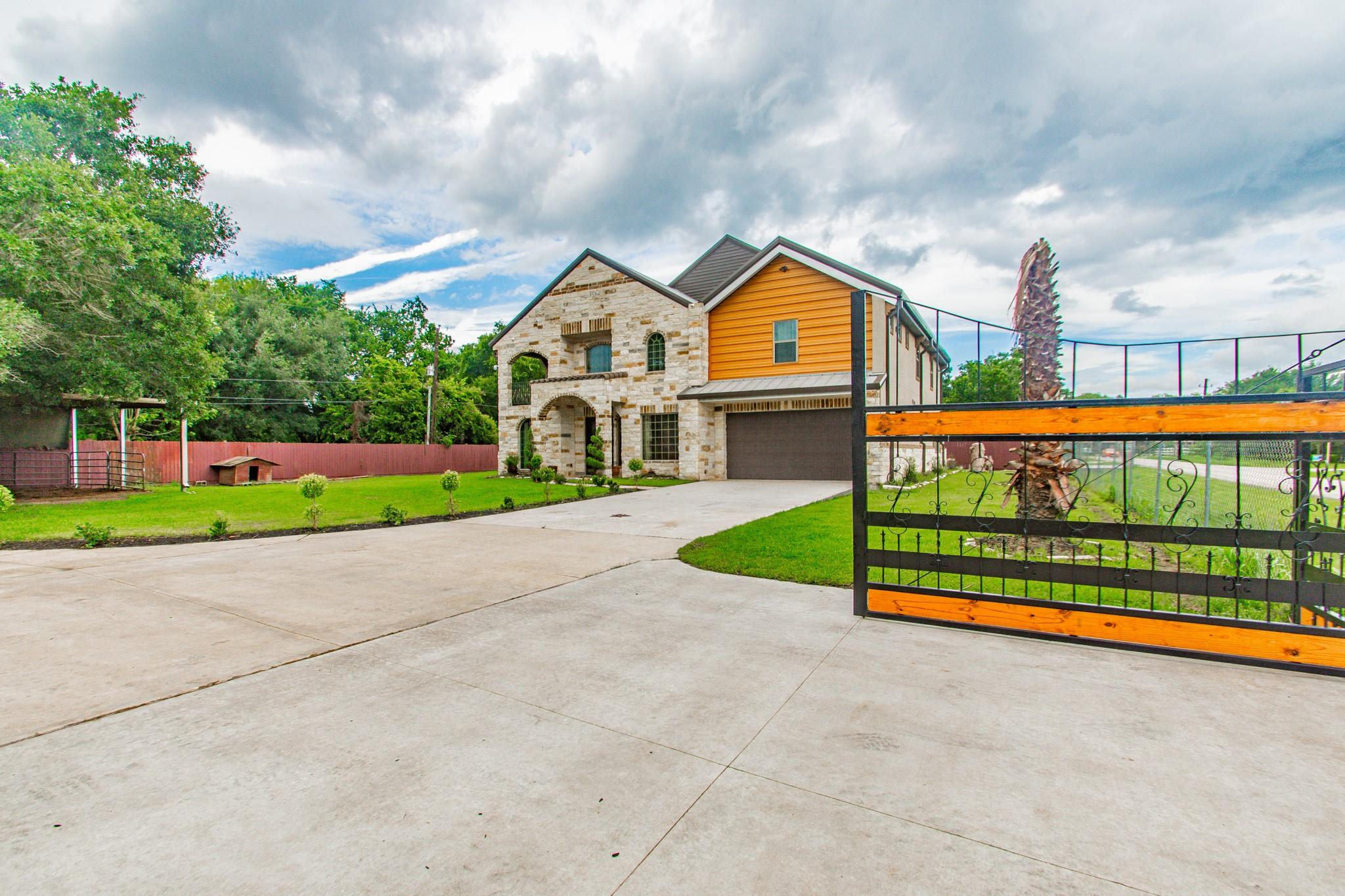 4326 Doreen Avenue Property Photo