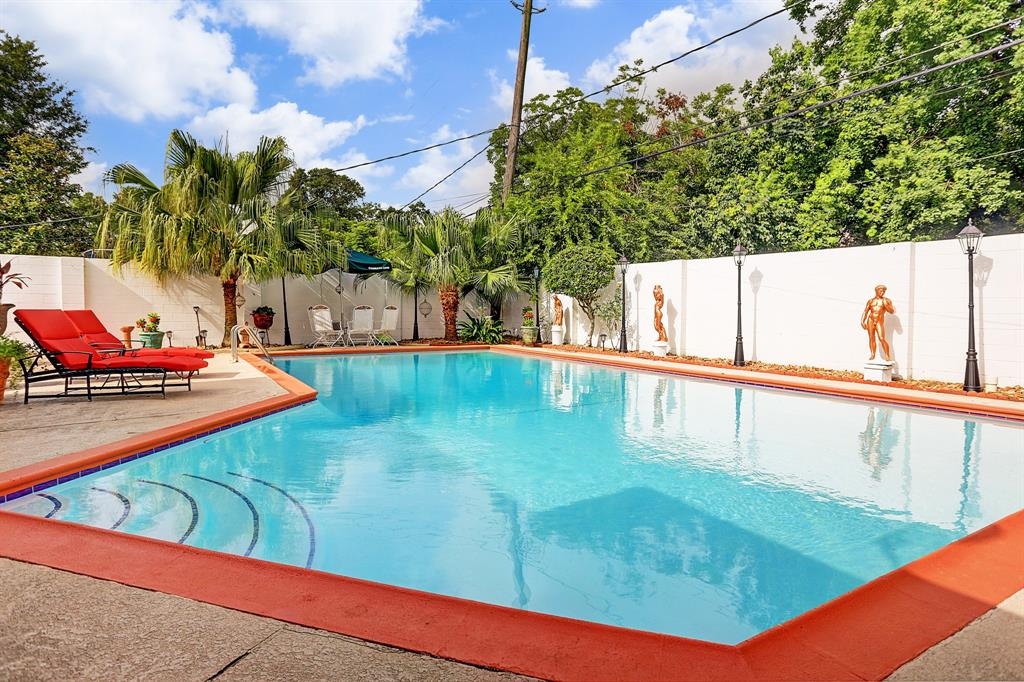 2206 Locklaine Drive Property Photo - Pasadena, TX real estate listing