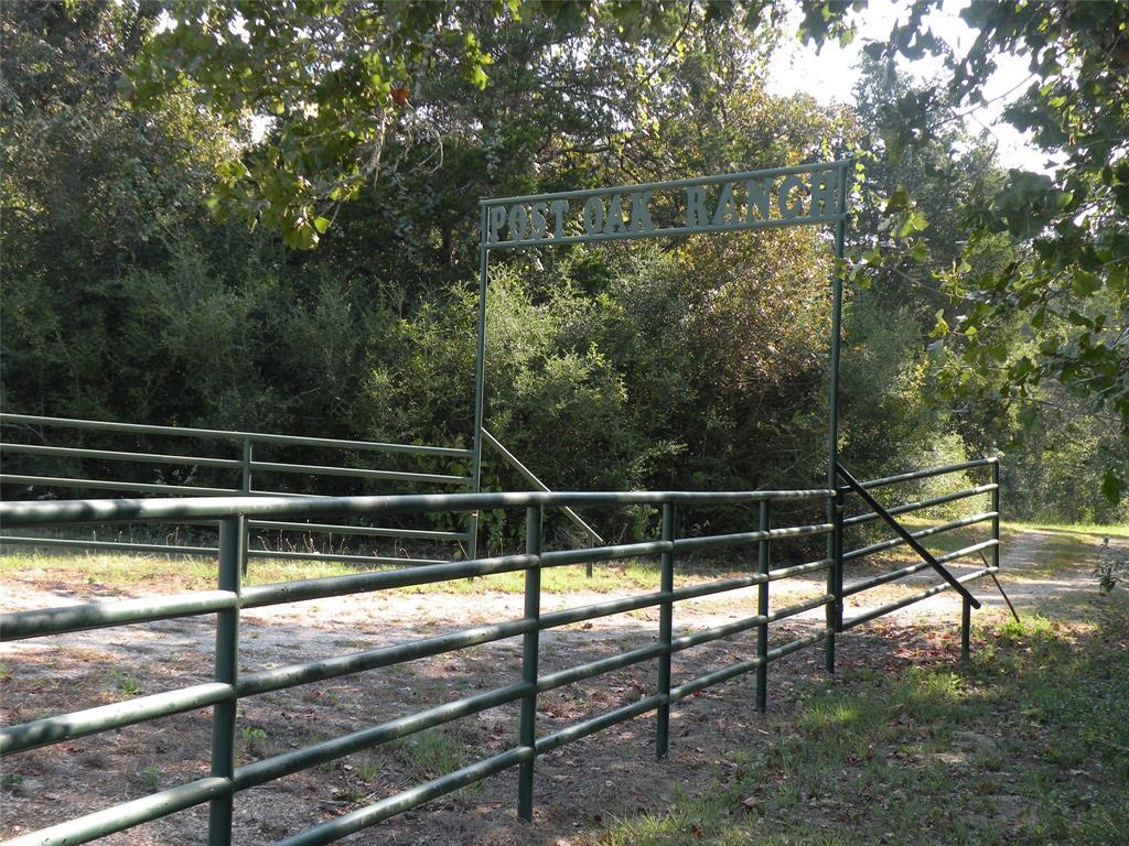 101 Harold, Waelder, TX 77859 - Waelder, TX real estate listing
