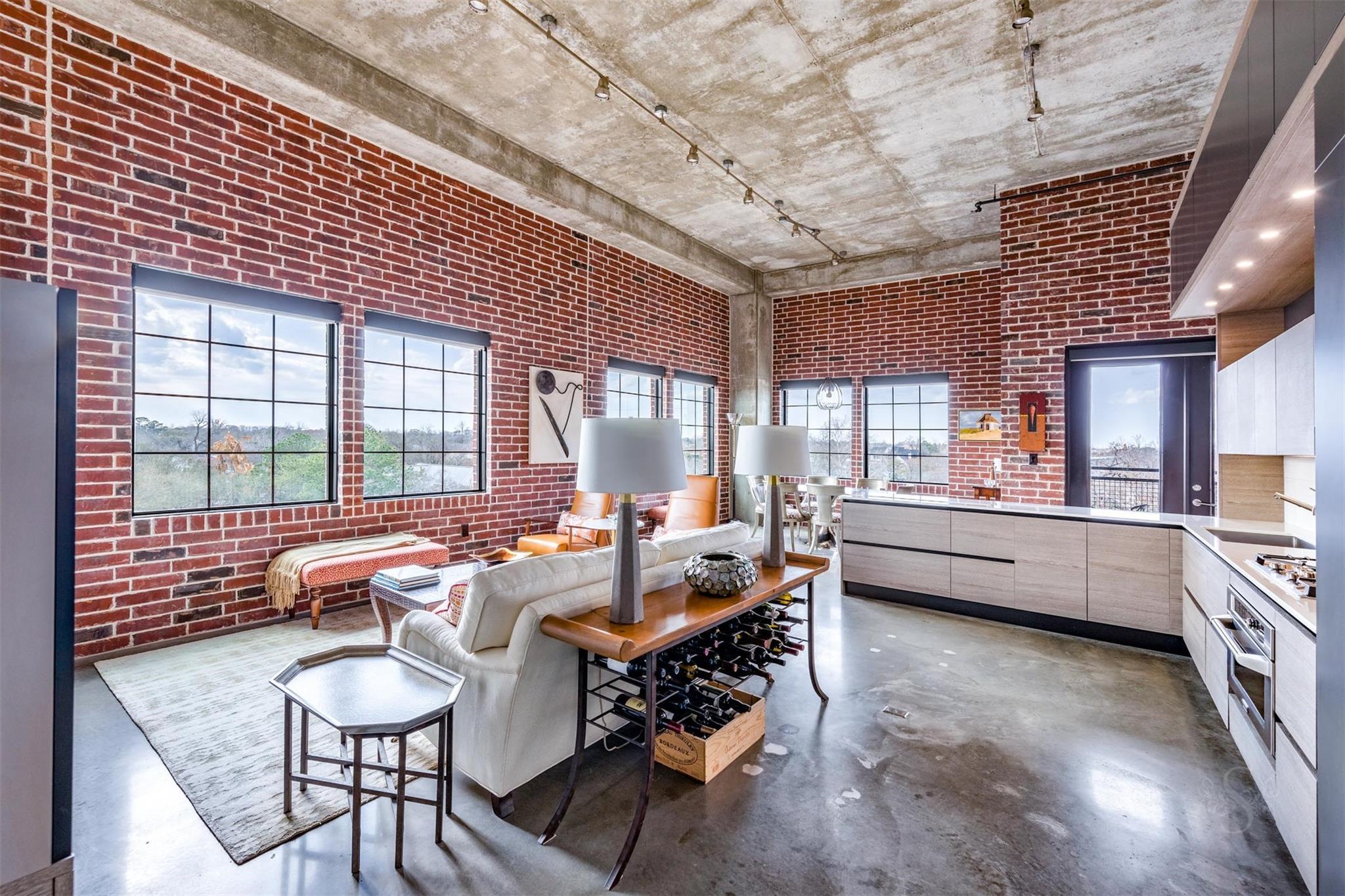 1111 Studewood Place Real Estate Listings Main Image