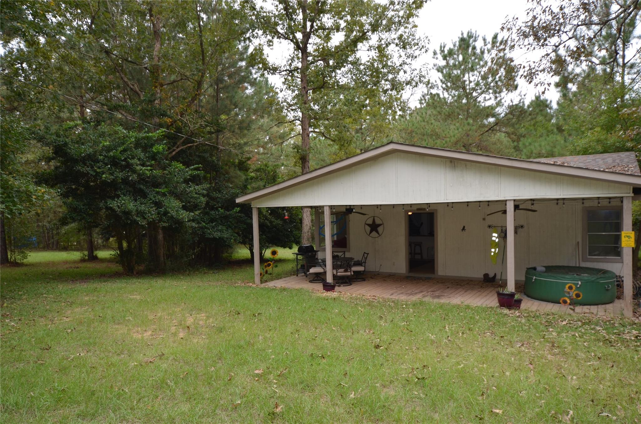 826 Pinegrove Road Property Photo - Corrigan, TX real estate listing