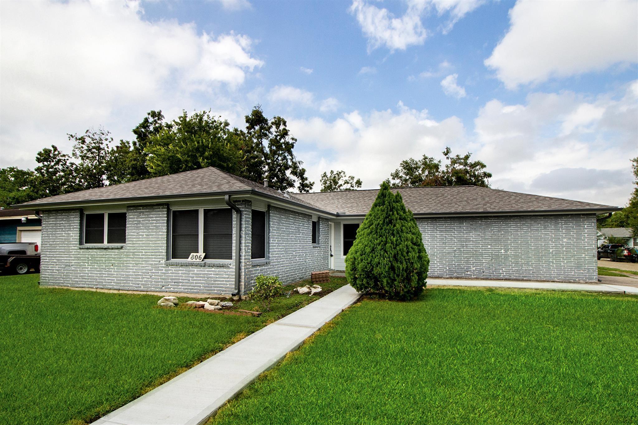 806 Burke Road Property Photo - Pasadena, TX real estate listing