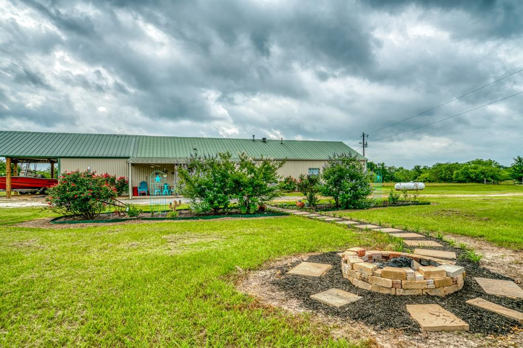 5732 Fm 1372 Road, North Zulch, TX 77872 - North Zulch, TX real estate listing