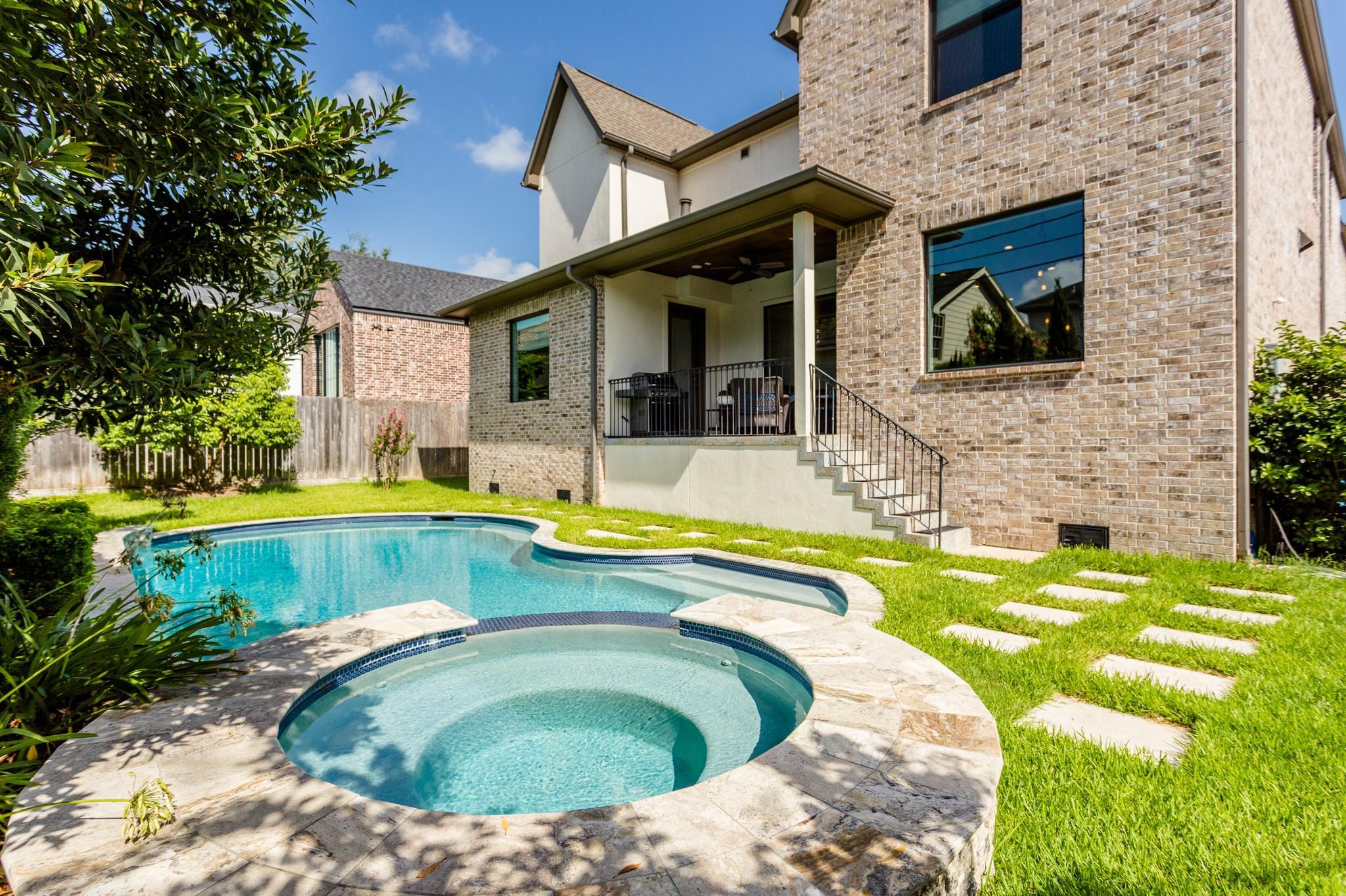 3301 GLEN HAVEN Boulevard Property Photo - Houston, TX real estate listing