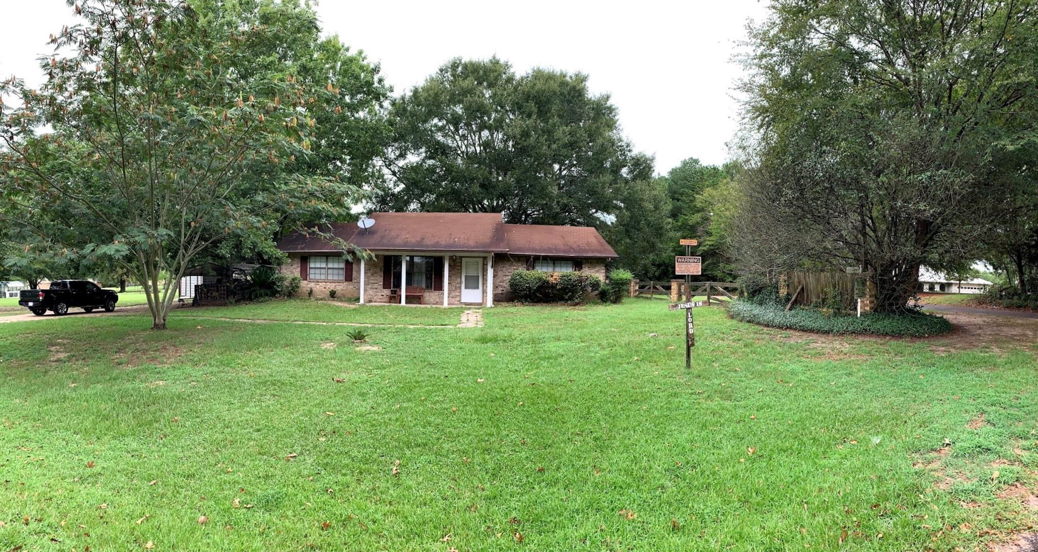 114 County Road 8111 Property Photo - Nacogdoches, TX real estate listing