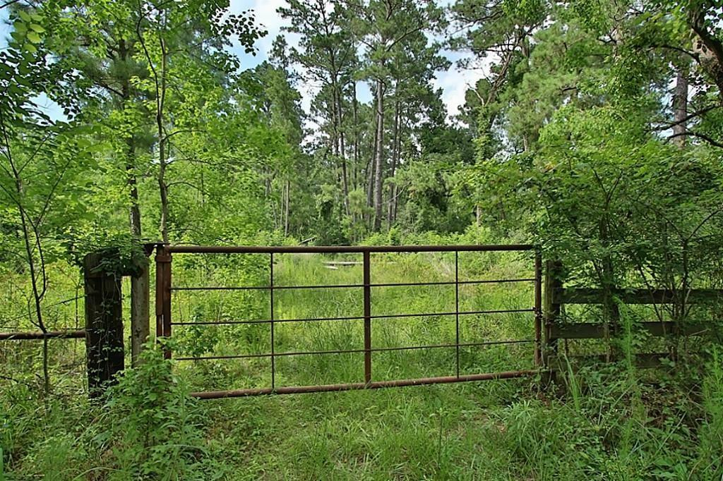 Ao520 Stokes Samuel Real Estate Listings Main Image