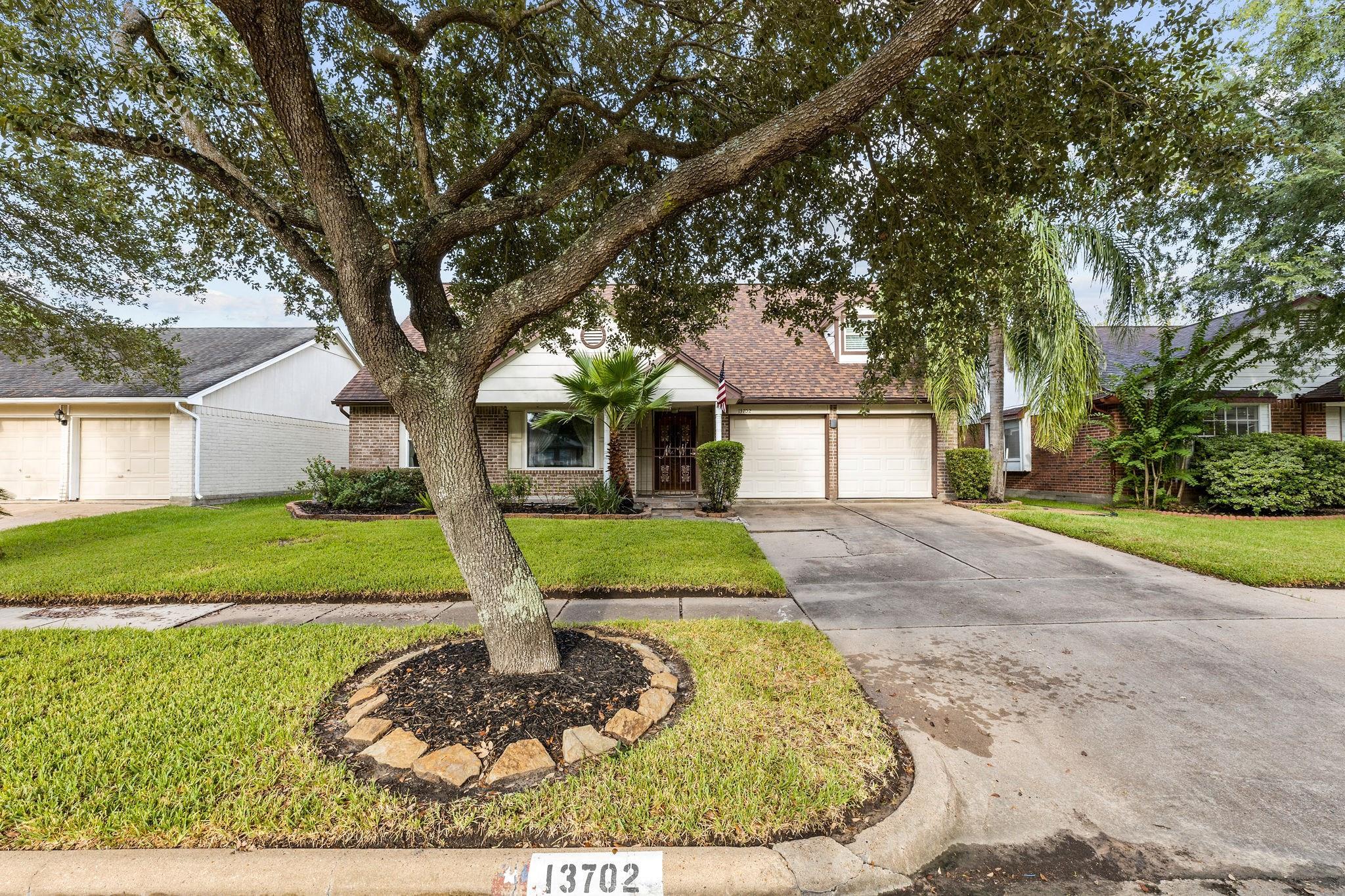 13702 Broken Bridge Drive Property Photo - Houston, TX real estate listing