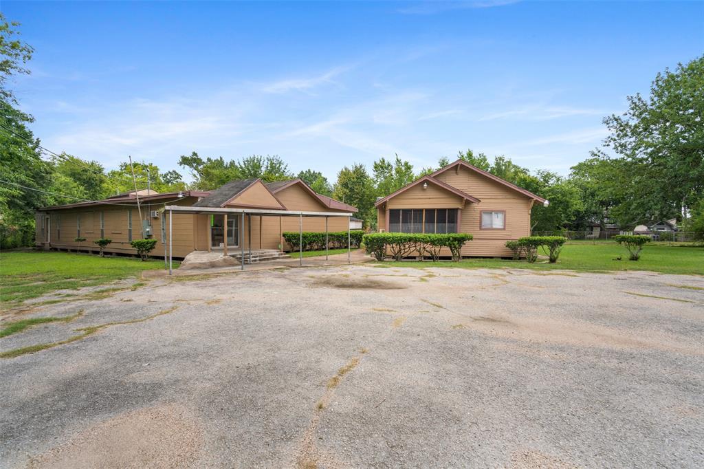 451 Victoria Drive, Houston, TX 77022 - Houston, TX real estate listing