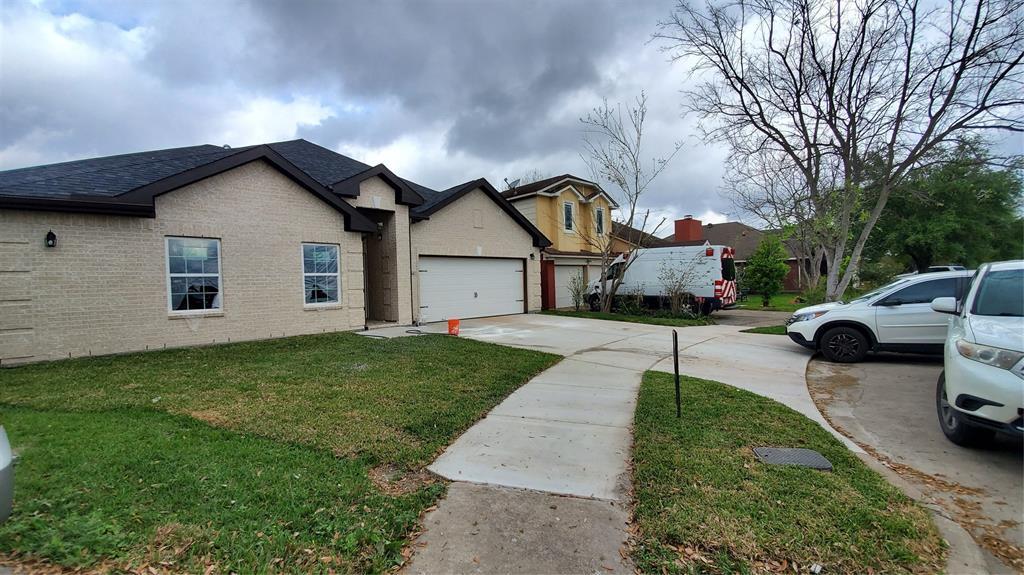 7506 Pouter Drive, Houston, TX 77083 - Houston, TX real estate listing