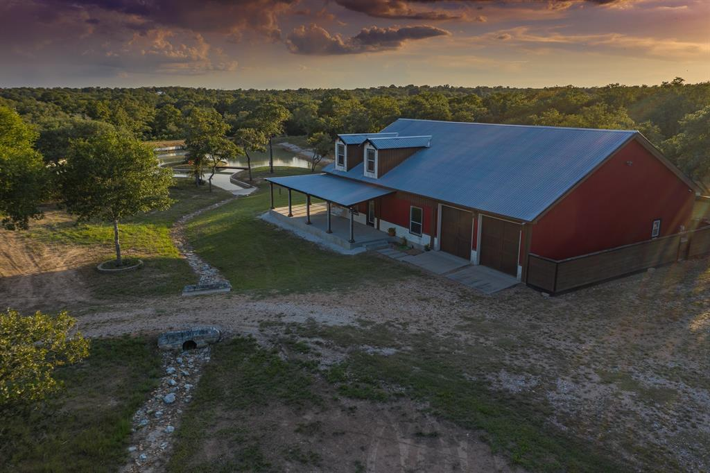 2070 Oakridge Rd Property Photo - Weimar, TX real estate listing