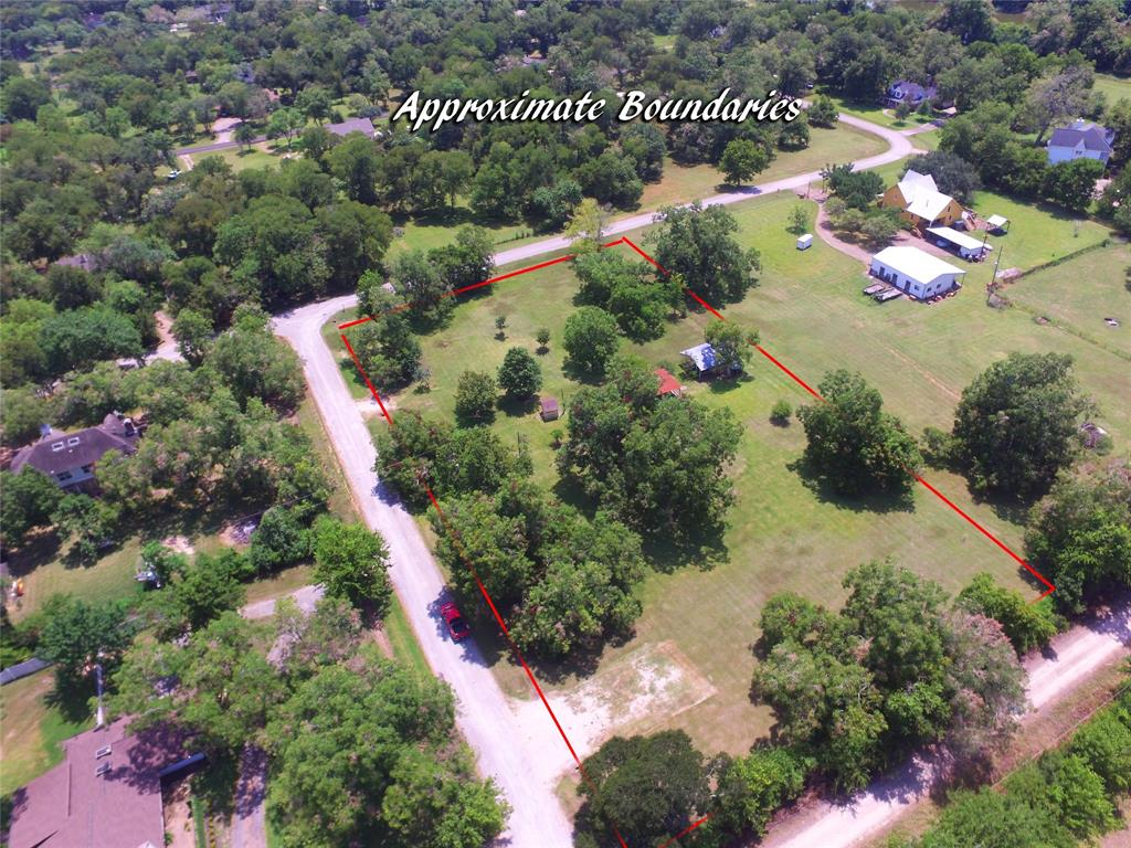 36706 Cheyenne Road Property Photo - Simonton, TX real estate listing