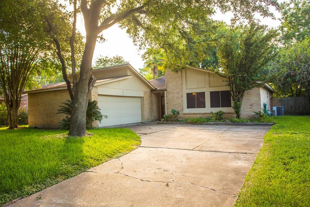 10323 Golden Sunshine Drive, Houston, TX 77064 - Houston, TX real estate listing