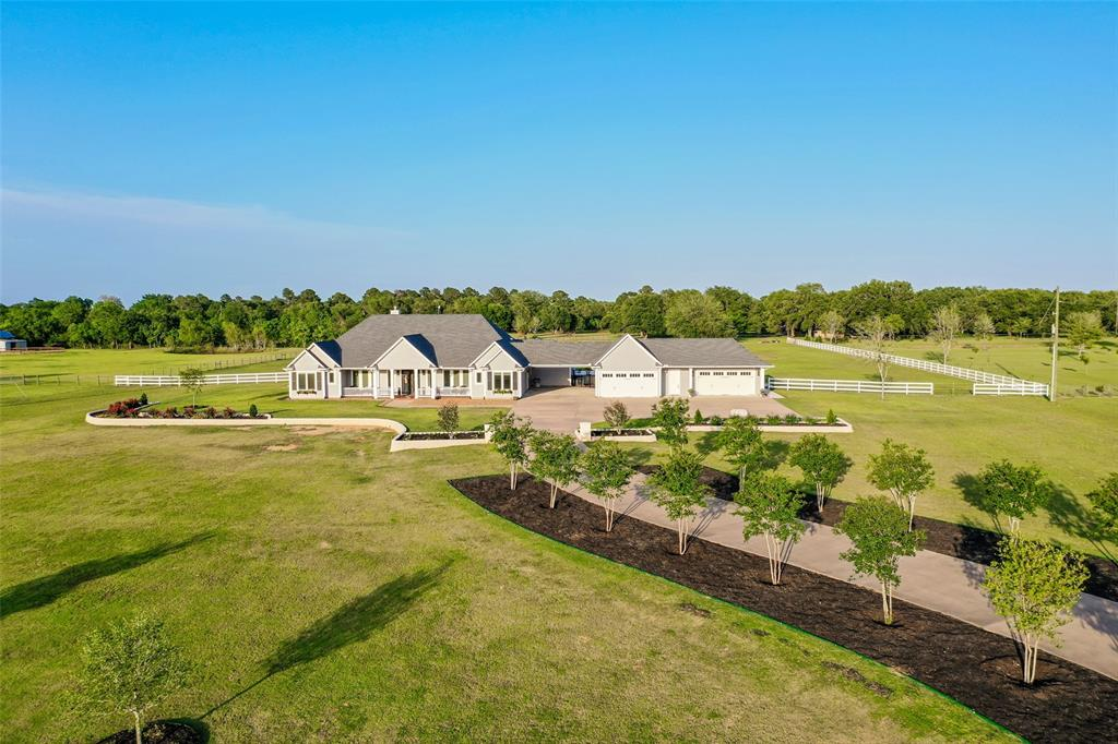 16250 Black Falcon Road Property Photo - Waller, TX real estate listing