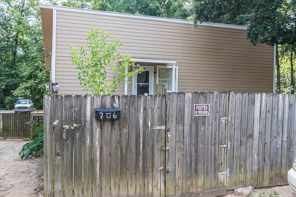 706 Houston Avenue, Livingston, TX 77351 - Livingston, TX real estate listing