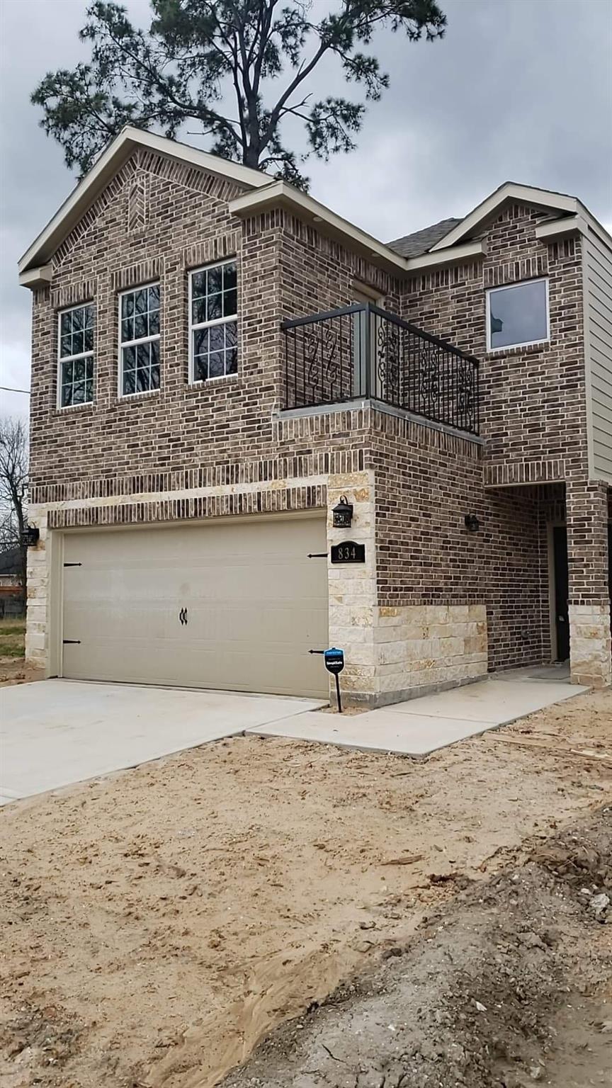 834 Enterprise Street Property Photo