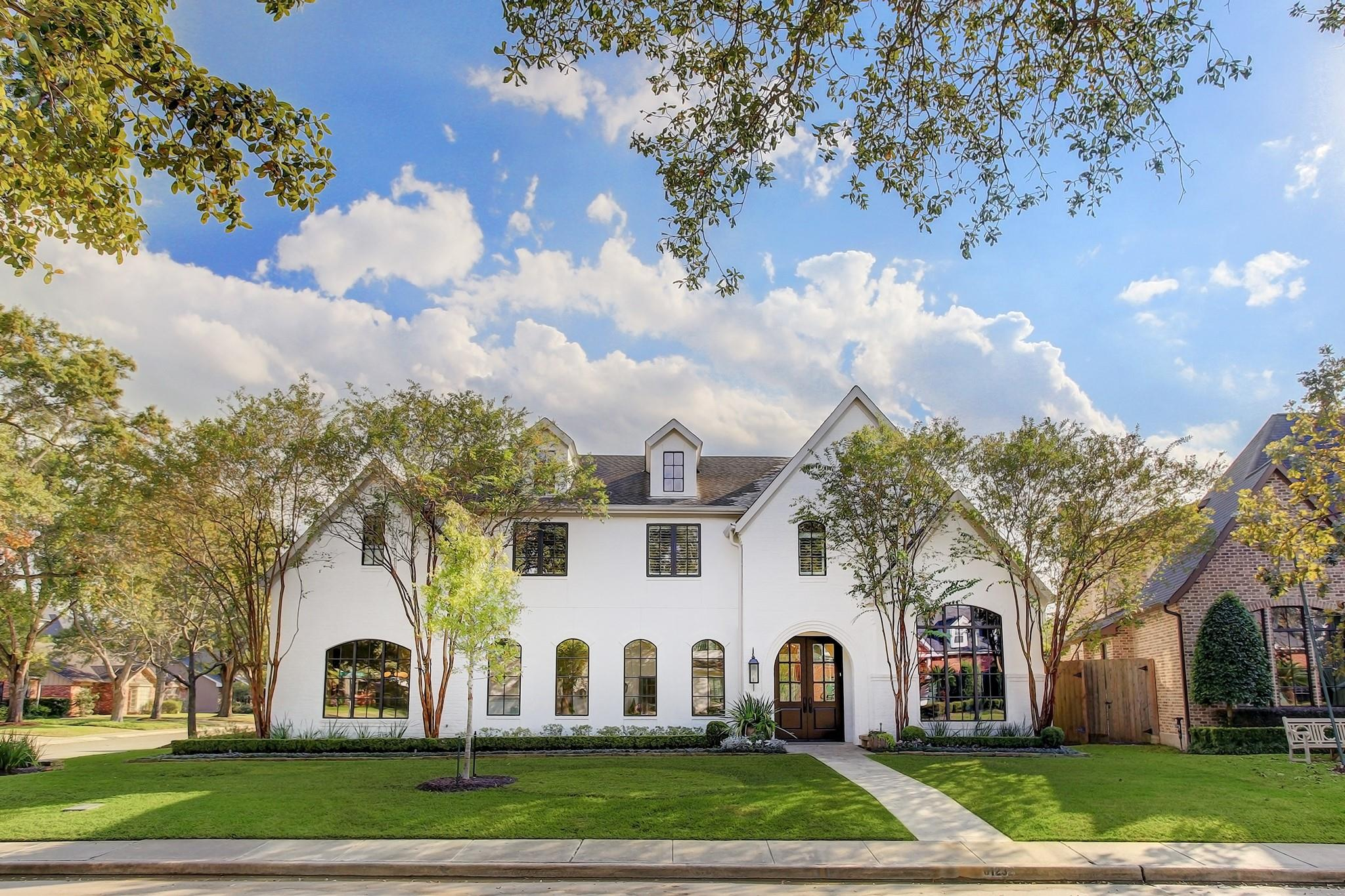 6123 Chevy Chase Drive Property Photo - Houston, TX real estate listing
