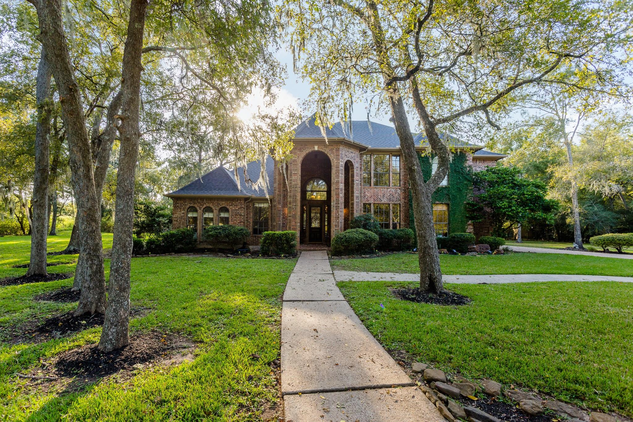 2019 Weatherby Lane Property Photo - Fresno, TX real estate listing