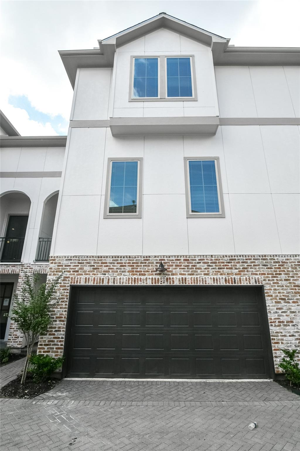 Allen Street Park Sec 3 Real Estate Listings Main Image