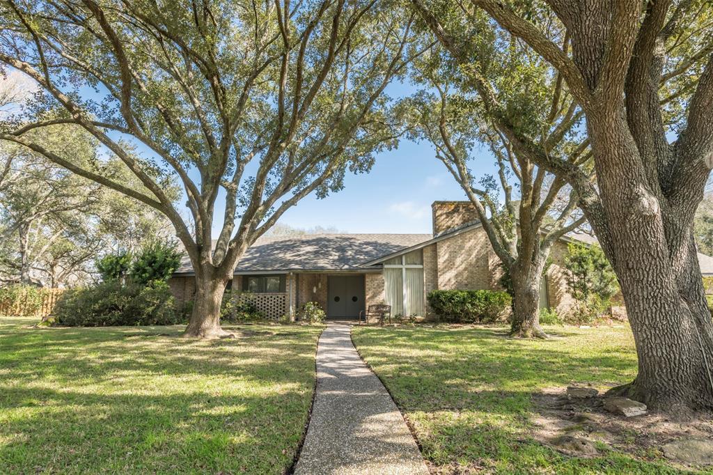 618 N Melody Lane Street N, Eagle Lake, TX 77434 - Eagle Lake, TX real estate listing