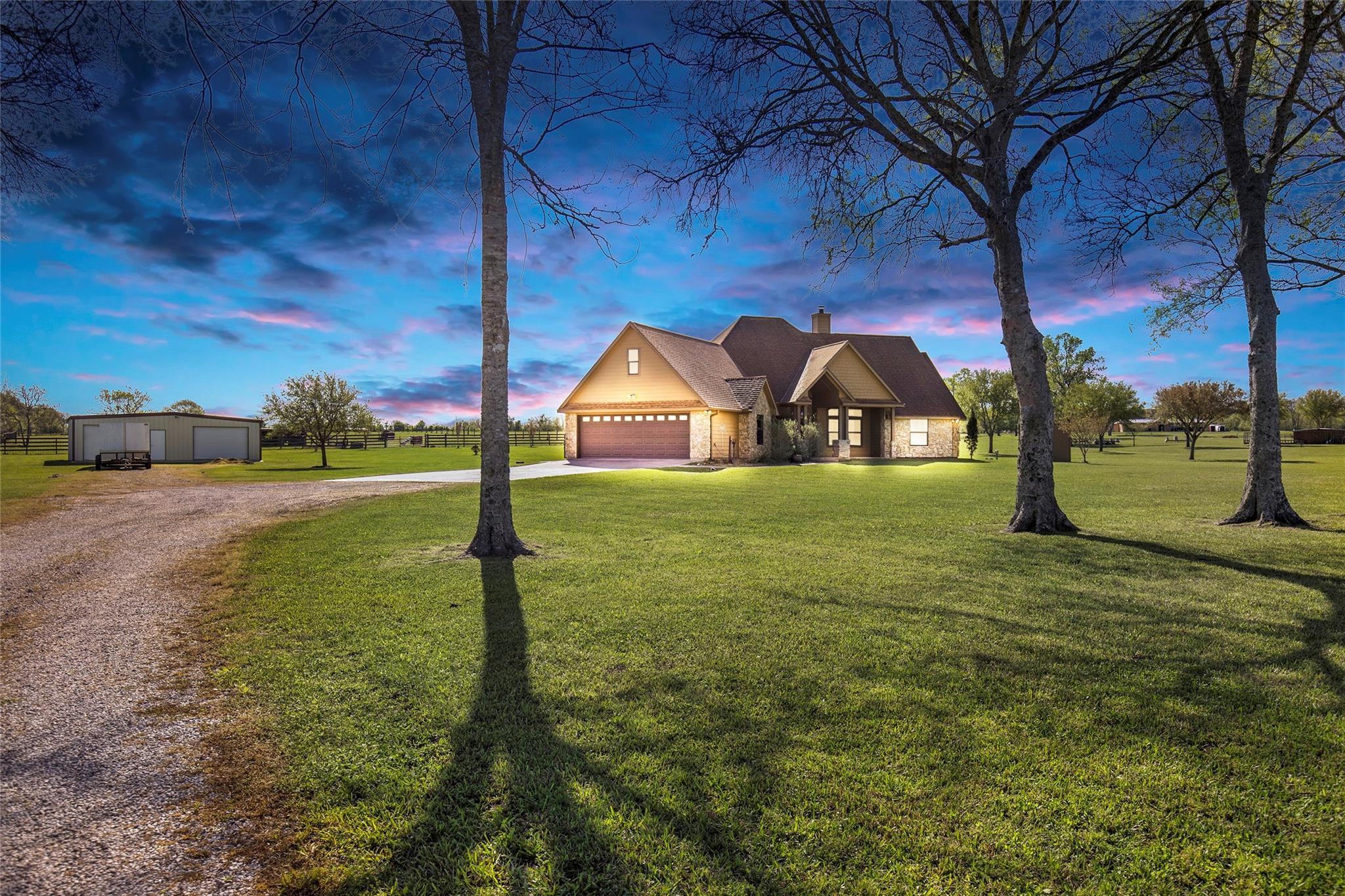 109 Maryville Lane Property Photo - Liberty, TX real estate listing
