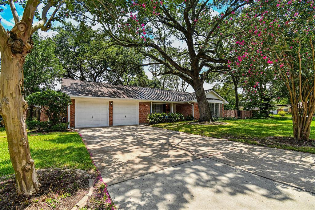 7511 Glenheath Street Property Photo - Houston, TX real estate listing