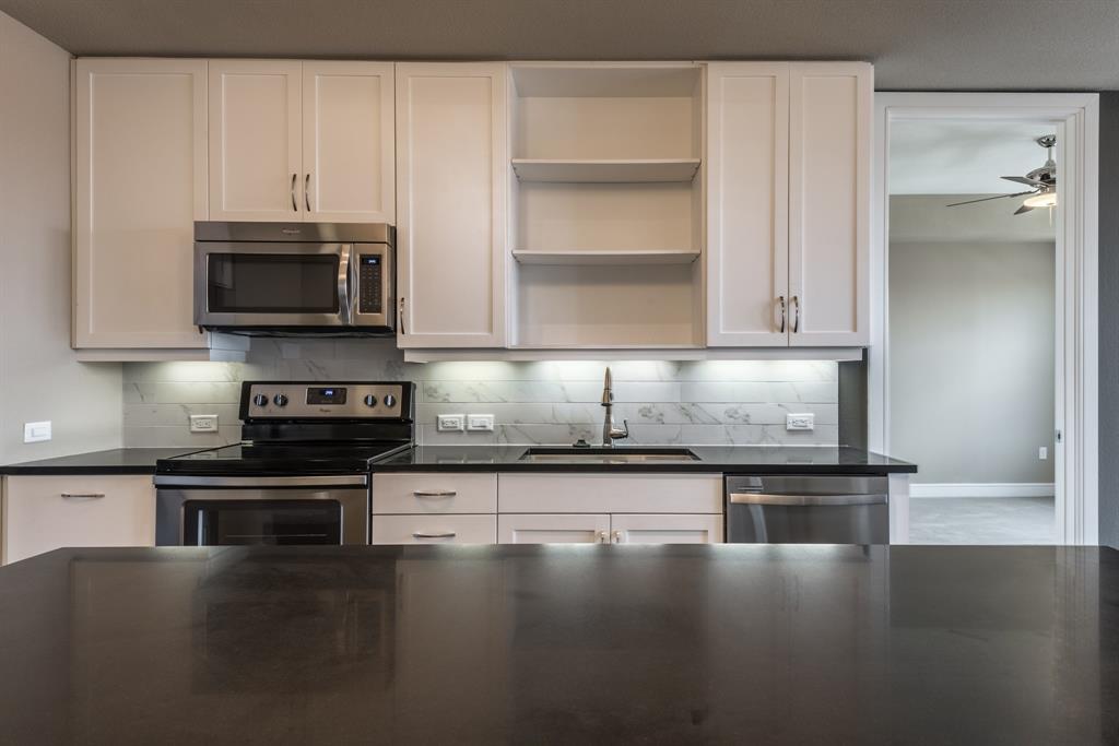 2303 Mid Lane #632 Property Photo - Houston, TX real estate listing