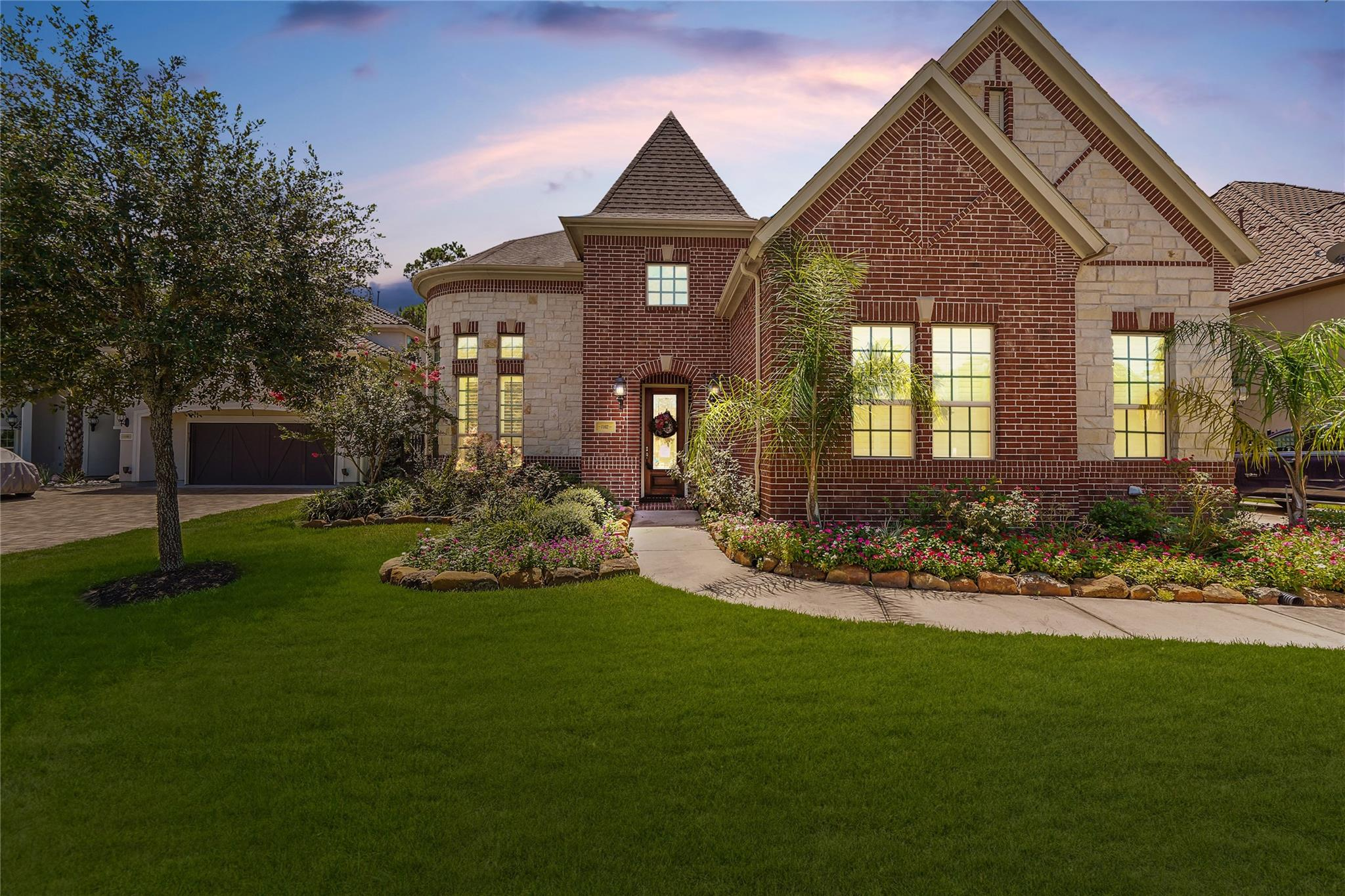 1102 Cotswold Manor Loop S Property Photo - Kingwood, TX real estate listing