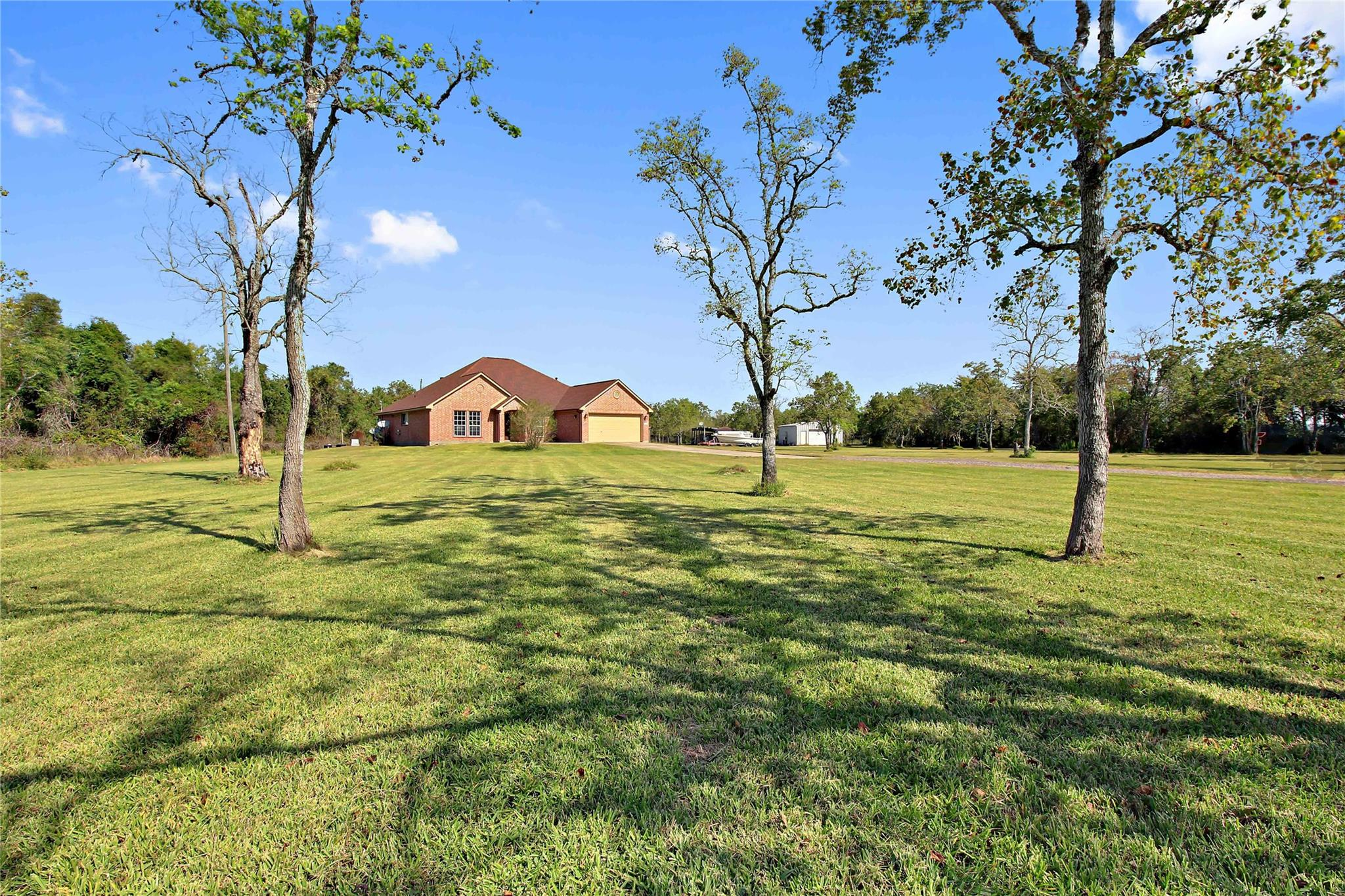 8686 Fm 2004 Road Property Photo - Santa Fe, TX real estate listing
