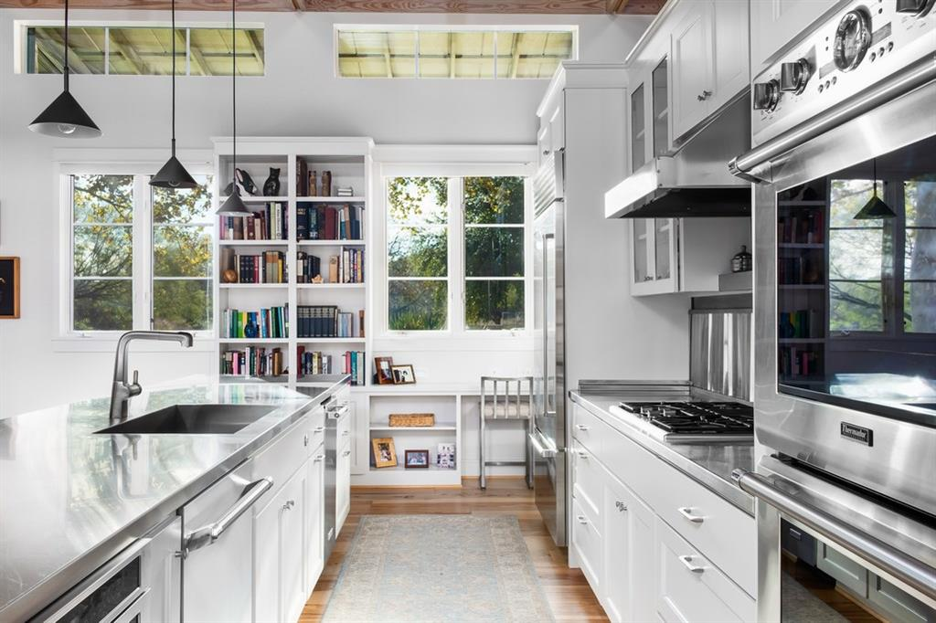 111 Lazy L Lane, Wimberley, TX 78676 - Wimberley, TX real estate listing