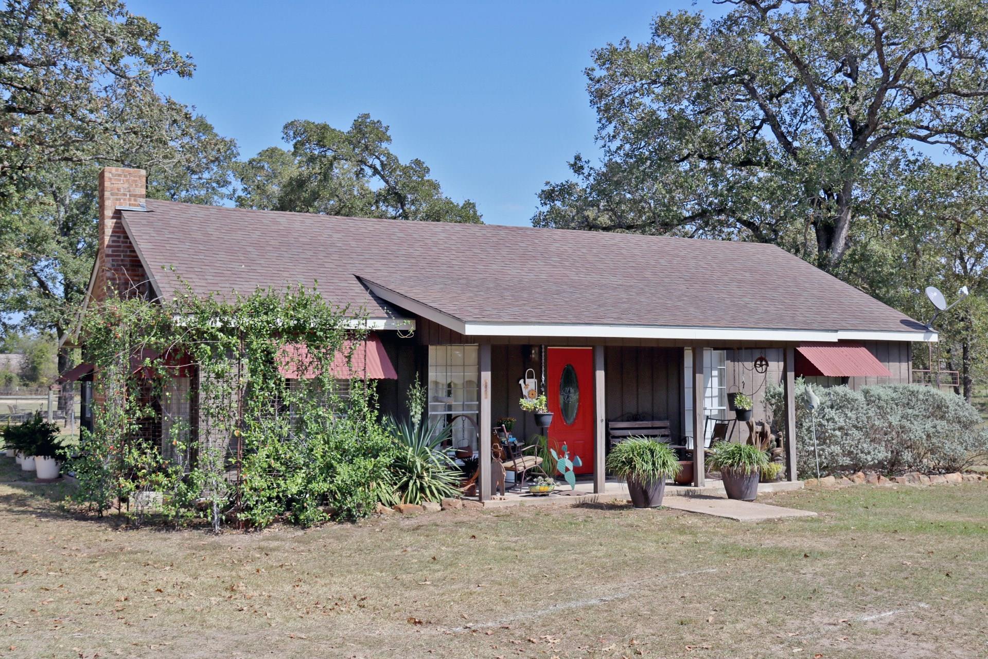 18720 Fm 39 Road Property Photo - Bedias, TX real estate listing