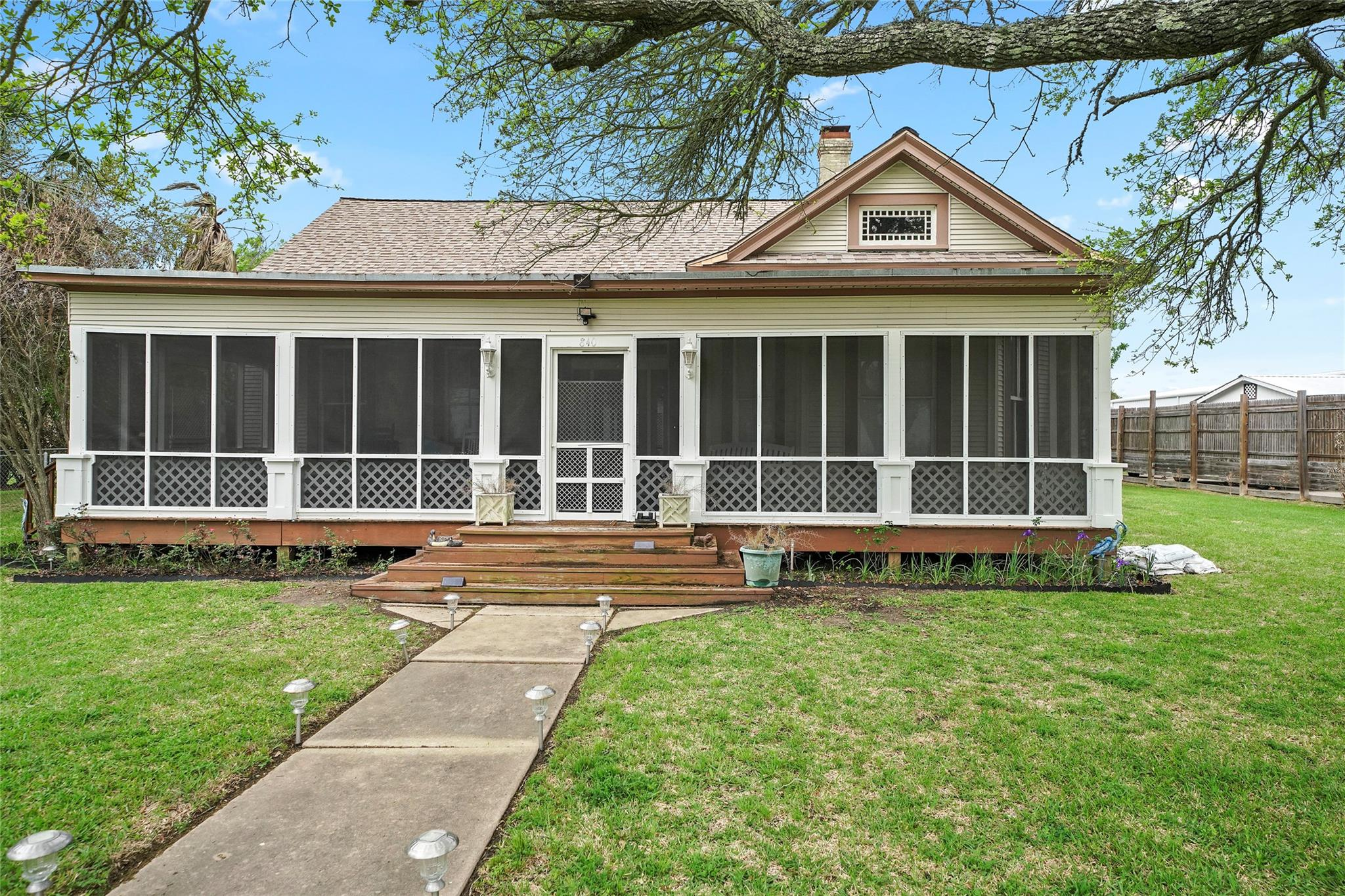 840 Fisher Street Property Photo - Matagorda, TX real estate listing