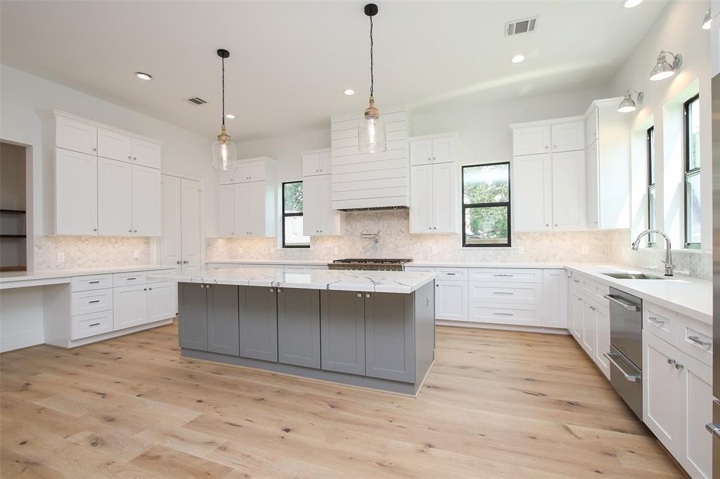 3806 Tartan Lane, Houston, TX 77025 - Houston, TX real estate listing