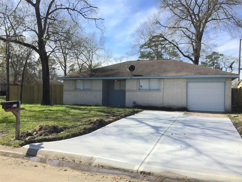 723 Grassmont Street Property Photo - Channelview, TX real estate listing