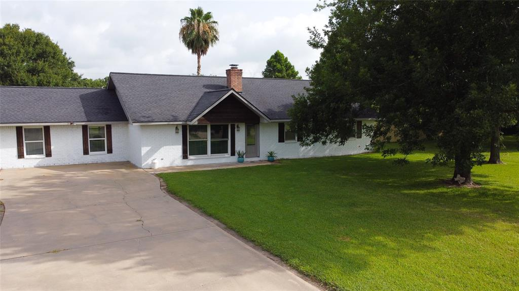 5310 Prairie Rose Street Property Photo - Danbury, TX real estate listing