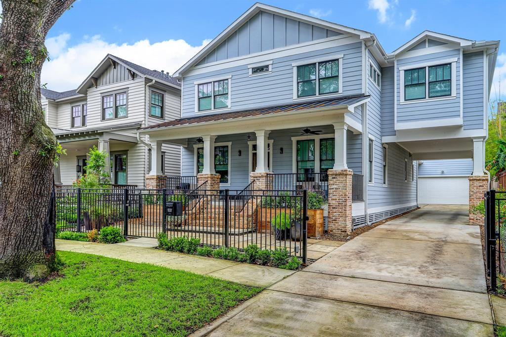 1031 E 7th 1/2 Street Property Photo - Houston, TX real estate listing
