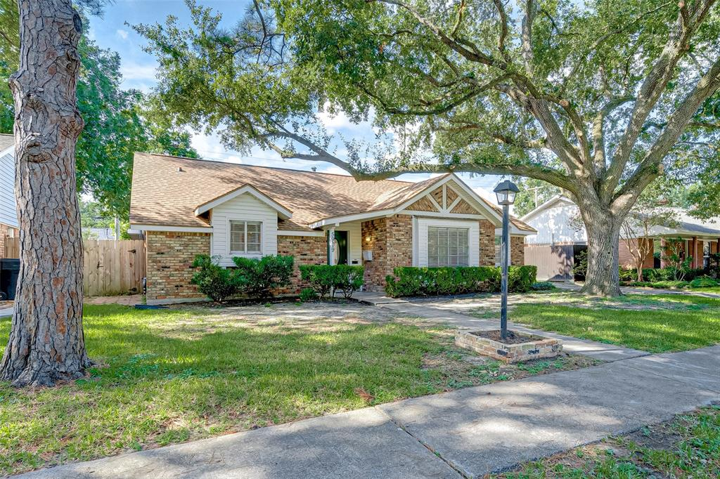 5909 Imogene Street Property Photo - Houston, TX real estate listing