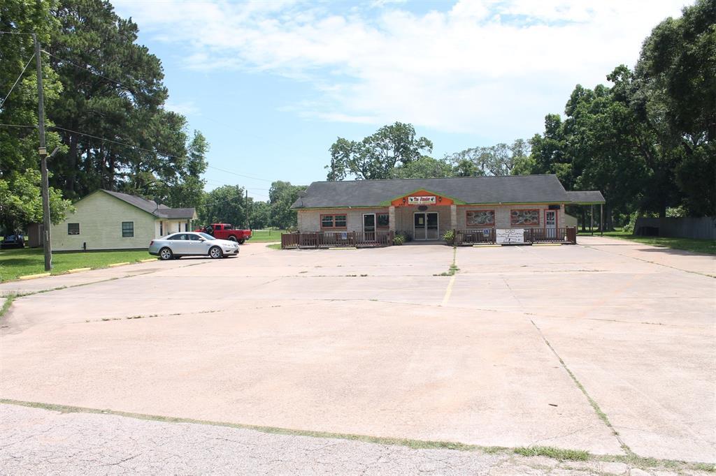 6805 Highway 36 Property Photo - Jones Creek, TX real estate listing
