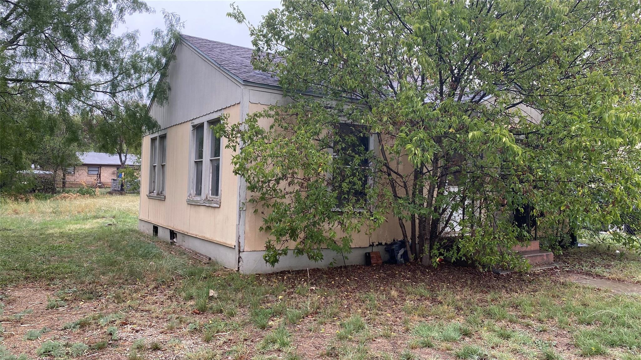 600 5th Avenue Property Photo - Coleman, TX real estate listing
