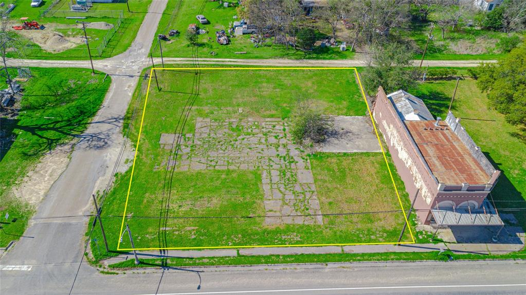 TBD Highway 320 Avenue Property Photo - Lott, TX real estate listing