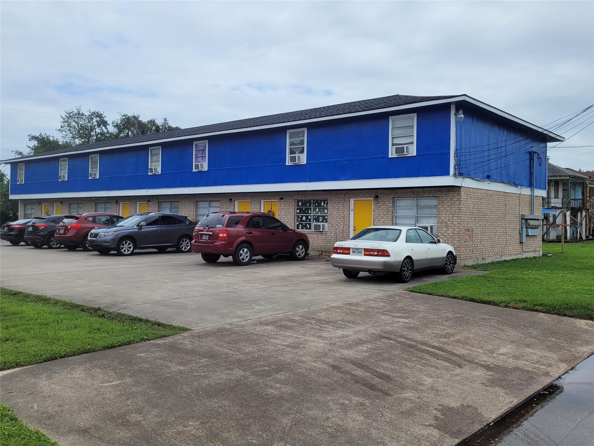2927 Avenue L Property Photo