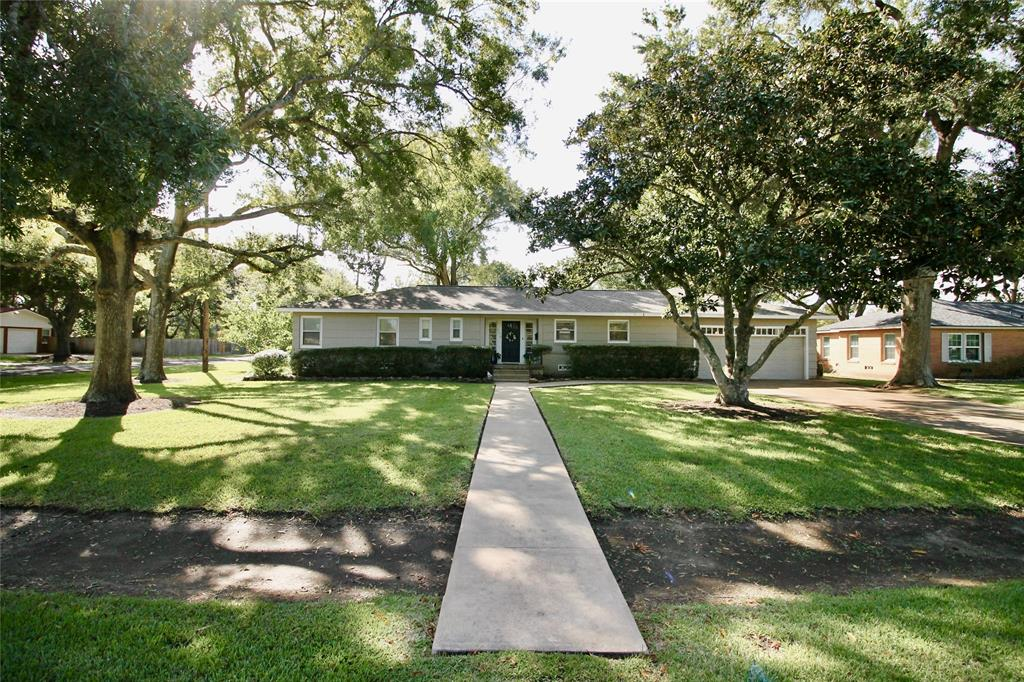 918 6th Street, Bay City, TX 77414 - Bay City, TX real estate listing