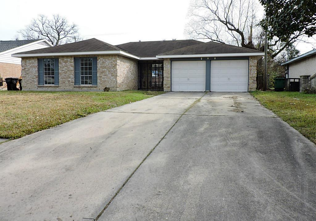 6502 Grey Oaks Drive Property Photo - Houston, TX real estate listing