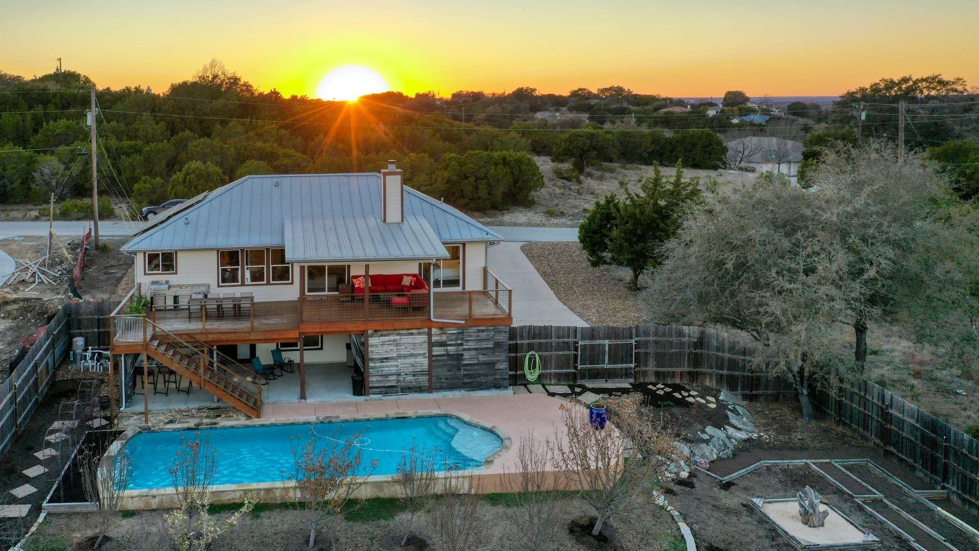 4503 W Silverhill Drive Property Photo - Lago Vista, TX real estate listing
