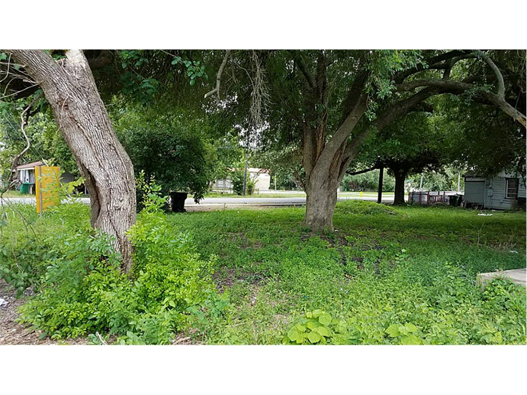 839 W Procter W, Port Arthur, TX 77640 - Port Arthur, TX real estate listing
